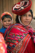 Mother and child  Ollantaytambo, Peru
