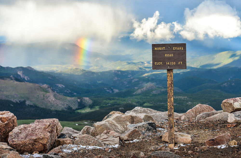 This is the summit of Mount Evans.<br />