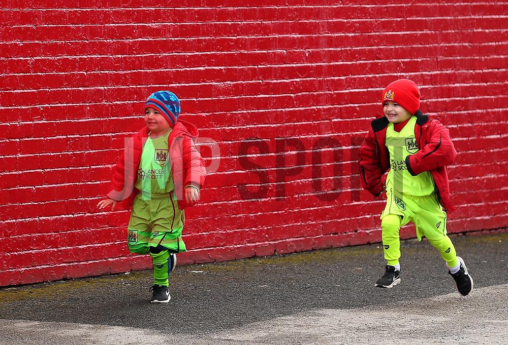 Bristol City fans arrive at Barnsley - Mandatory by-line: Robbie Stephenson/JMP - 30/03/2018 - FOOTBALL - Oakwell Stadium - Barnsley, England - Barnsley v Bristol City - Sky Bet Championship