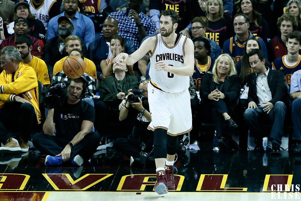 07 June 2017: Cleveland Cavaliers forward Kevin Love (0) passes the ball during the Golden State Warriors 118-113 victory over the Cleveland Cavaliers, in game 3 of the 2017 NBA Finals, at  the Quicken Loans Arena, Cleveland, Ohio, USA.