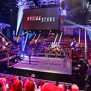 NLD/Amsterdam/20181031 - Boxingstars 2018, 1e aflevering, overzicht van de boksring in de studio
