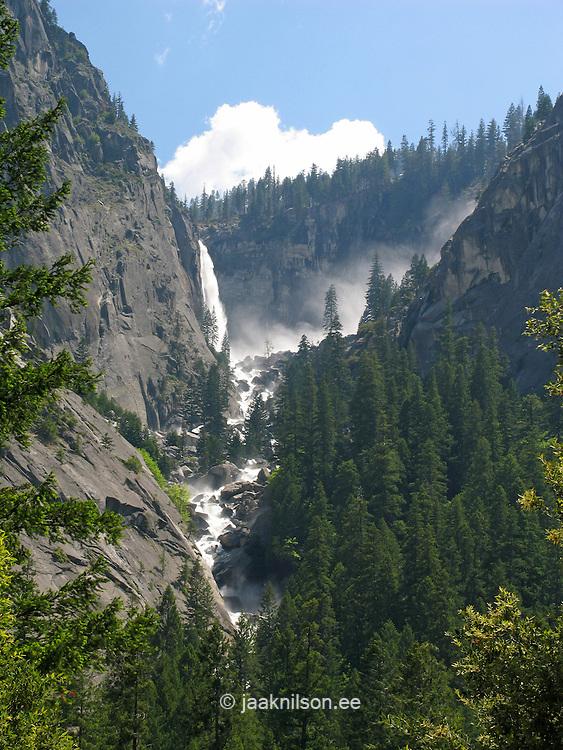 Yosemite National Park, Sierra Nevada Mountains, California, USA