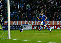 Photo: Steve Bond/Richard Lane Photography. Leicester City v Peterborough United. Coca-Cola Football League One. 20/12/2008. Matty Fryatt sidefoots no2