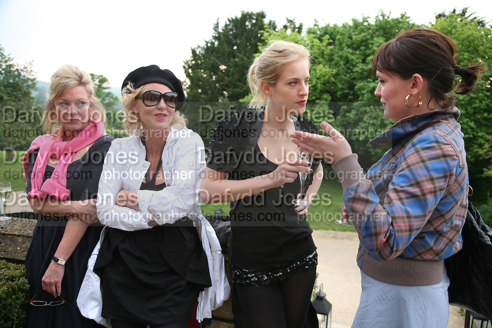 KAY SAATCHI, AMANDA ELIASCH, POLLY MORGAN AND LAURA K. JONES. The Artists' Playground. Reconstruction 3: Contemporary Art at Sudeley Castle, 2008 In partnership with Phillips de Pury & Company and supported by Chanel. 31 May 2008. *** Local Caption *** -DO NOT ARCHIVE-© Copyright Photograph by Dafydd Jones. 248 Clapham Rd. London SW9 0PZ. Tel 0207 820 0771. www.dafjones.com.