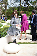 HELENA BONHAM-CARTER; GAEL CLUTTERBUCK, Press and VIP viewing day. Chelsea Flower show, Royal Hospital Grounds. Chelsea. London. 18 May 2009