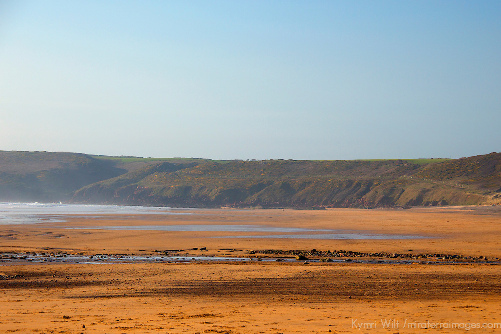 Europe, United Kingdom, Wales, Pembrokeshire, Freshwater West Beach.