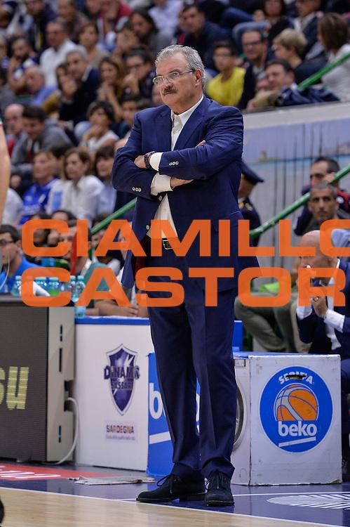 DESCRIZIONE : Beko Legabasket Serie A 2015- 2016 Dinamo Banco di Sardegna Sassari - Enel Brindisi<br /> GIOCATORE : Romeo Sacchetti<br /> CATEGORIA : Allenatore Coach<br /> SQUADRA : Dinamo Banco di Sardegna Sassari<br /> EVENTO : Beko Legabasket Serie A 2015-2016<br /> GARA : Dinamo Banco di Sardegna Sassari - Enel Brindisi<br /> DATA : 18/10/2015<br /> SPORT : Pallacanestro <br /> AUTORE : Agenzia Ciamillo-Castoria/L.Canu