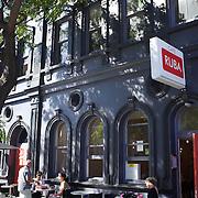 Ruba cafe, Childers Road. Gisborne. North Island, New Zealand. 17th January 2010. Photo Tim Clayton..