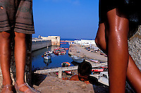 Maroc, Côte Atlantique, El Jadida, Remparts de la vieille ville portuguaise, port de pêche // Old Portuguese fort and fishing harbour, El Jadida, Morocco