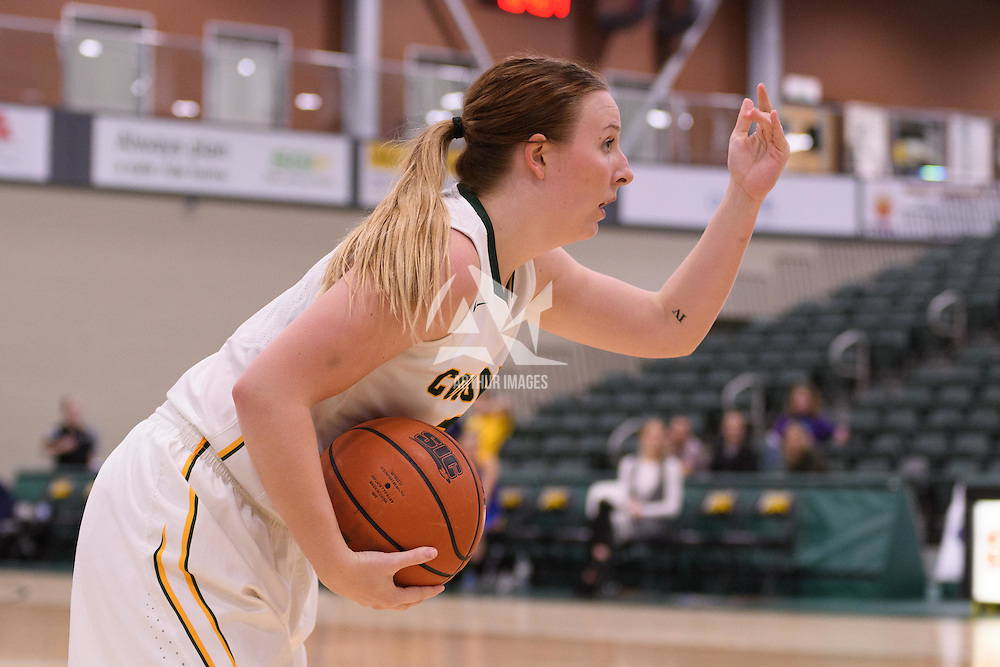 4th year guard Sara Hubenig (7) of the Regina Cougars in action during the home opener  on November  4 at Centre for Kinesiology, Health and Sport. Credit: /Arthur Images