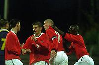 Fotball, U-landskamp (U21) Marienlyst stadion 10 oktober 2000, Norge-Ukraina. Kampen endte med seier 3-1 til Norge. Olav Råstad, Tromsø (7) jubler sammen med blan annet Pa-Modou Kah, Vålerenga (t.h.)