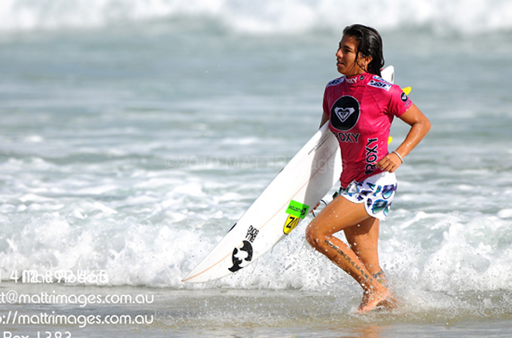 Gold Coast, Australia - March 5: Silvana Lima 14.33pts defeated Lee Ann Curren 8.90 during round 3 of the Roxy Pro Gold Coast 2010 at Snapper Rocks on the Gold Coast, March 5, 2010 Photo by Matt Roberts/MATTRimages.com.au | Image ID: MTR_0032.jpg