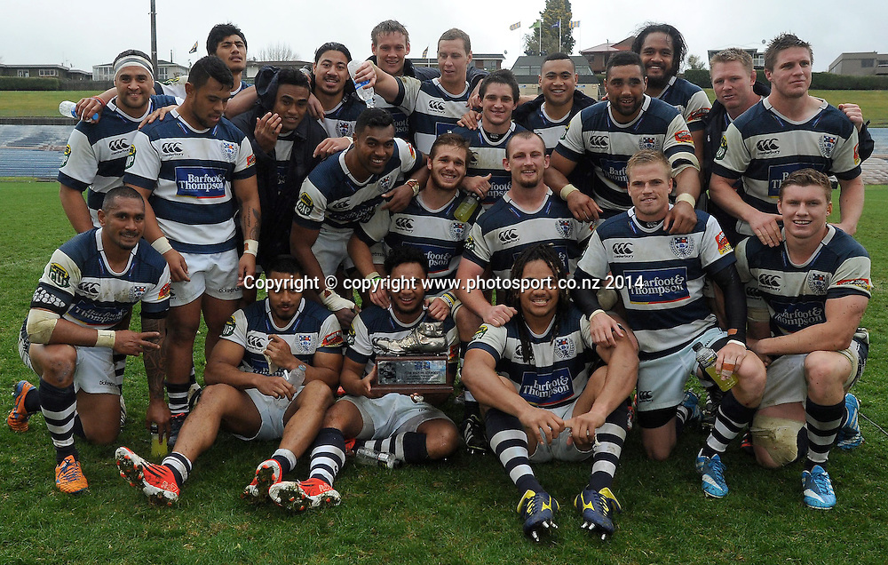 THe Auckland team with the John Drake Boot following the ITM Cup rugby match, Bay of Plenty vs Auckland, Rotorua International Stadium, Rotorua, September 13, 2014. Photo: Kerry Marshall / photosport.co.nz