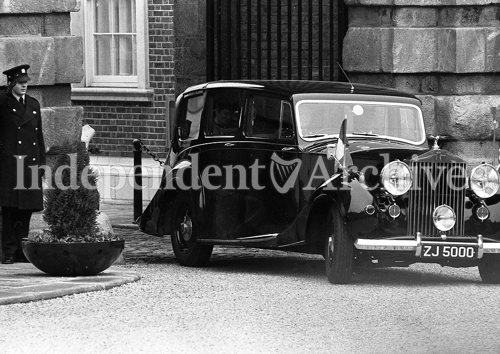 President Mary Robinson leaving Dublin Castle after her Inauguration as the New Persident of Ireland, 03/12/1990 (Part of the Independent Newspapers Ireland/NLI Collection).