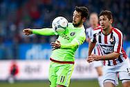 06-03-2016 VOETBAL:WILLEM II-AJAX:TILBURG<br /> Amin Younes van Ajax in duel met Dries Wuytens van Willem II <br /> <br /> Foto: Geert van Erven