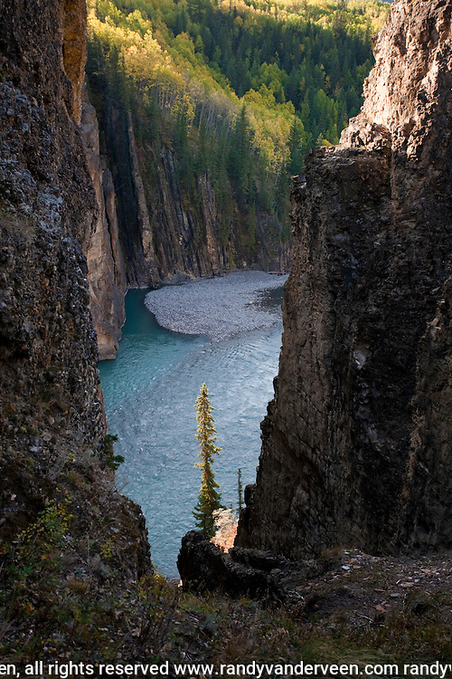 Photo Randy Vanderveen.Grande Cache, AB.02/10/09.Scenes from the Sulphur Gates lookout north of Grande Cache.