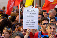 "Roma 19 Maggio 2015<br /> Manifestazione dei lavoratori della scuola davanti a Montecitorio indetto da tutti i sindacati contro la riforma della scuola del governo Renzi soprannominata 'La Buona Scuola"", gli insegnanti accusano il governo di agevolare la privatizzazione dell'istruzione.<br /> Rome May 19, 2015<br /> Demonstration of school workers  in front of Deputies organized by all trade unions  against Renzi's school reform dubbed 'The Good School', teachers accuse of facilitating the privatisation of education."