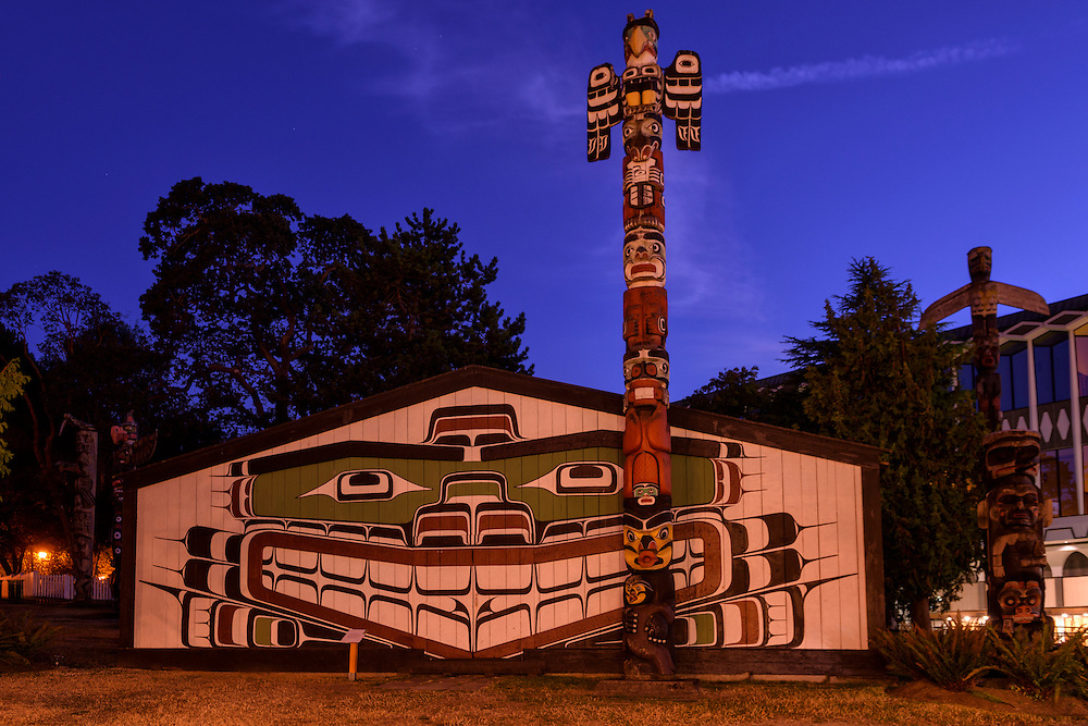 Canada; British Columbia; Vancouver Island; Victoria,Thunderbird park at royal BC museum, kwagu't ceremonial house
