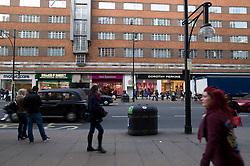 UK ENGLAND LONDON 23NOV11 - Street scene on Oxford Street in the West End, central London.....jre/Photo by Jiri Rezac....© Jiri Rezac 2011