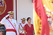 060119 Spanish Royals Attend the Armed Forces Day