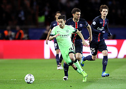 Jesus Navas of Manchester City runs with the ball - Mandatory by-line: Robbie Stephenson/JMP - 06/04/2016 - FOOTBALL - Parc des Princes - Paris,  - Paris Saint-Germain v Manchester City - UEFA Champions League Quarter Finals First Leg