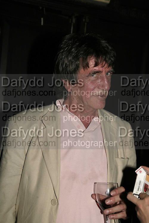 HOWARD MARKS, The Bedroom Secrets of the Master Chefs by Irvine Welsh. the Play Room, 10 Air St. London. 3 August 2006. ONE TIME USE ONLY - DO NOT ARCHIVE  © Copyright Photograph by Dafydd Jones 66 Stockwell Park Rd. London SW9 0DA Tel 020 7733 0108 www.dafjones.com
