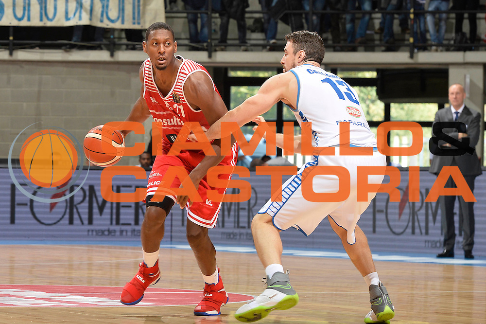 Jones Jerrod<br /> Red October Cantu' - Consultinvest Pesaro<br /> LegaBasket 2016/2017<br /> Desio 13/10/2016<br /> Foto Ciamillo-Castoria