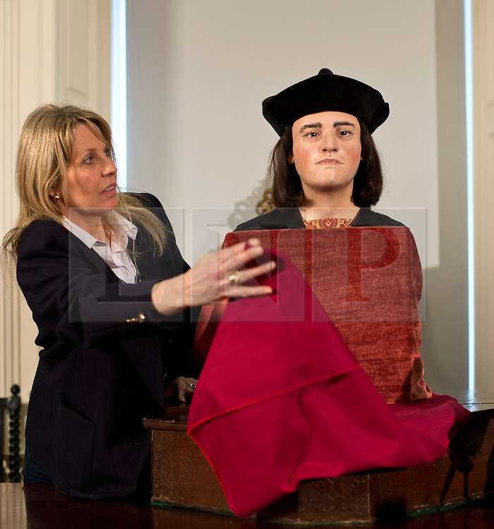 © Licensed to London News Pictures. 05/02/2013. London, United Kingdom.  Philippa Langley Originator of the 'Looking For Richard Project' unveils the Face of Richard III unveiled 528 years after his death.  A facial reconstruction revealing what may be the features of King Richard III at the Society of Antiquaries, Burlington House, Piccadilly. Photo credit : Justin Setterfield/LNP.