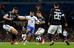 Lorenzo Insigne of Italy takes on Federico Fazio of Argentina - Mandatory by-line: Matt McNulty/JMP - 23/03/2018 - FOOTBALL - Etihad Stadium - Manchester, England - Argentina v Italy - International Friendly