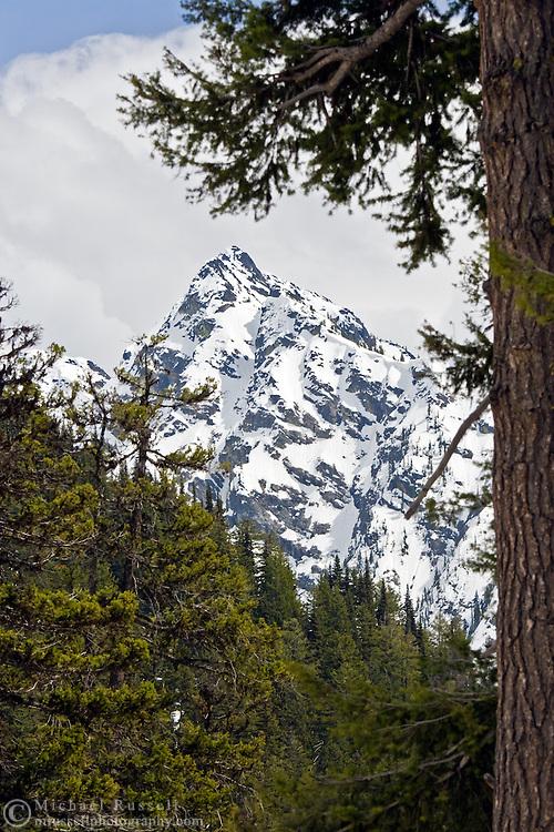 Stiletto Peak in North Cascades National Park, Washington State, USA.