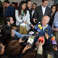 Lerma, México (Julio 21, 2016).- José Narro, Secretario de Salud federal, durante la entrega de la rehabilitación del Centro Especializado de Atención Primaria a la Salud en Huitzizilapan en Lerma.  Agencia MVT / José Hernández
