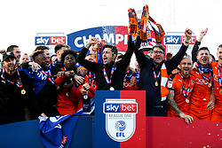 Alan Sheehan and Luton Town manager Mick Harford lift the trophy as Luton Town celebrate winning the league and securing automatic promotion from Sky Bet League 1 to the Sky Bet Championship - Rogan/JMP - 04/05/2019 - Kenilworth Road - Luton, England - Luton Town v Oxford United - Sky Bet League One.