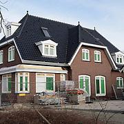 NLD/Volendam/20080301 - Signeersessie Jan Smit, de in aanbouw zijnde woning van Jan