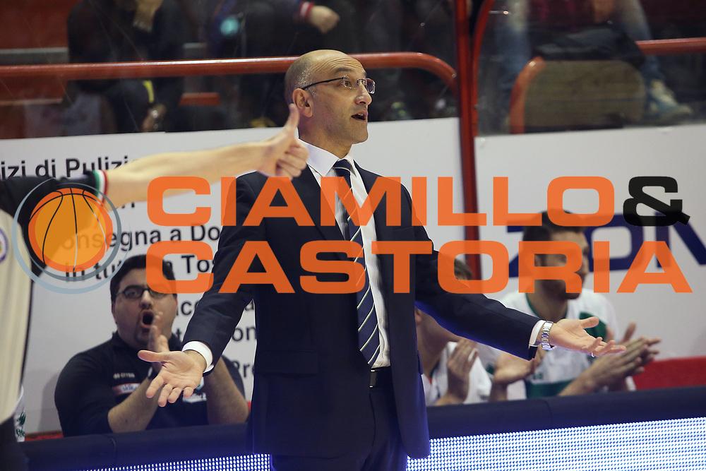 DESCRIZIONE : Campionato 2014/15 Giorgio Tesi Group Pistoia - Sidigas Avellino<br /> GIOCATORE : Vitucci Francesco<br /> CATEGORIA : Allenatore Coach<br /> SQUADRA : Sidigas Avellino<br /> EVENTO : LegaBasket Serie A Beko 2014/2015<br /> GARA : Giorgio Tesi Group Pistoia - Consultinvest Pesaro<br /> DATA : 21/12/2014<br /> SPORT : Pallacanestro <br /> AUTORE : Agenzia Ciamillo-Castoria / Stefano D'Errico<br /> Galleria : LegaBasket Serie A Beko 2014/2015<br /> Fotonotizia : Campionato 2014/15 Giorgio Tesi Group Pistoia - Sidigas Avellino<br /> Predefinita :