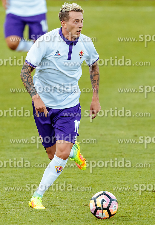 07.08.2016, Alois Latini Stadion, Zell am See, AUT, Testspiel, Schalke 04 vs ACF Fiorentina, im Bild Federico Bernardeschi (ACF Fiorentina) // Federico Bernardeschi (ACF Fiorentina) during the International Friendly Football Match between Schalke 04 and ACF Fiorentina at the Alois Latini Stadium in Zell am See, Austria on 2016/08/07. EXPA Pictures © 2016, PhotoCredit: EXPA/ JFK