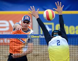 16-08-2014 NED: NK Beachvolleybal 2014, Scheveningen<br /> Alexander Brouwer