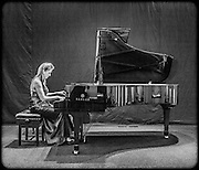 Ukranian pianist Syuzanna Kaszo