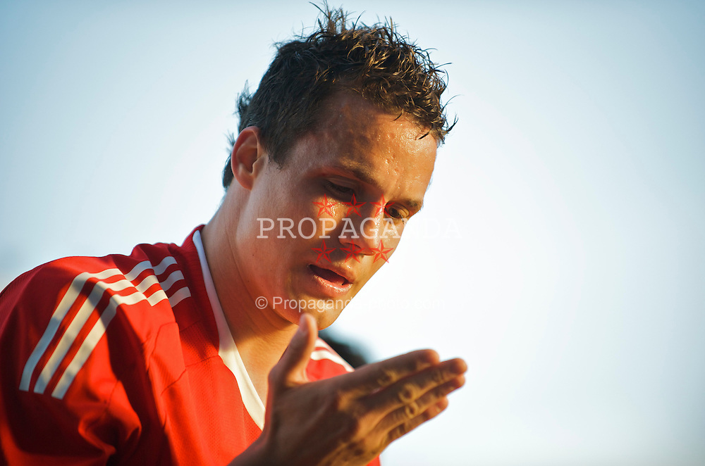 WARRINGTON, ENGLAND - Wednesday, April 29, 2009: Liverpool's Philipp Degen gets a cut above his eye against Newcastle United during the FA Premiership Reserves League (Northern Division) match at the Halliwell Jones Stadium. (Photo by David Rawcliffe/Propaganda)