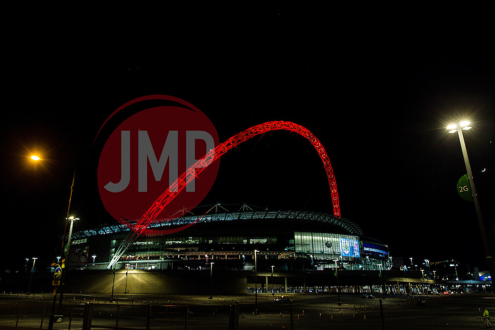 The famous Wembley arch is lit in red in recognition of Bristol City 2-0 victoy over Walsall to win the Football League Trophy - Photo mandatory by-line: Rogan Thomson/JMP - 07966 386802 - 22/03/2015 - SPORT - FOOTBALL - London, England - Wembley Stadium - Bristol City v Walsall - Johnstone's Paint Trophy Final.