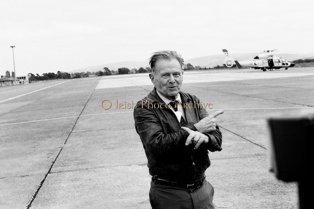 Douglas 'Wrongway' Corrigan returns to Baldonnell Aerodrome, fifty years after his transatlantic flight in a Curtiss Robin aircraft. After a transcontinental flight from California to New York, Mr Corrigan was to make a return flight to California. However, after take off he turned and flew solo over the Atlantic to Ireland, having been refused permission by American authorities to do so. On arrival in Ireland, he maintained that bad weather conditions and compass malfunction were the reasons for his 'wrongway' flight.<br /> 18 July 1988
