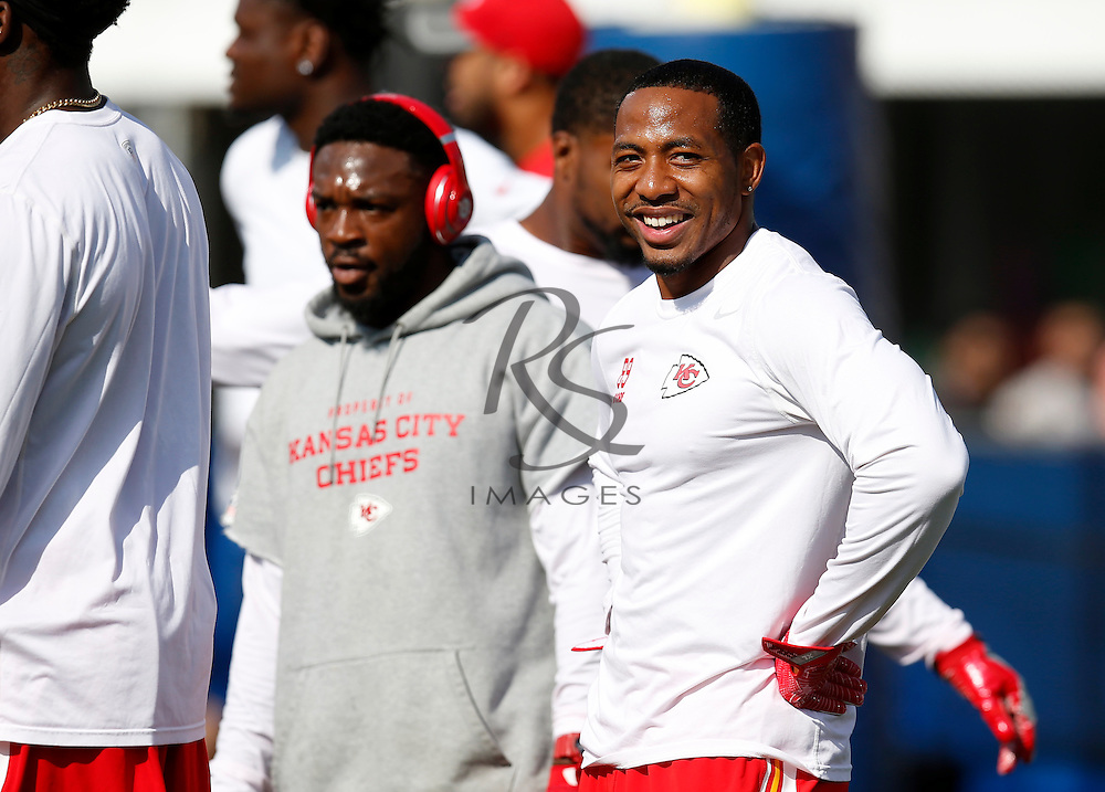 Kansas City Chiefs wide receiver Kashif Moore smiles as he warms up prior to a preseason NFL football game against the Los Angeles Rams, Saturday, Aug. 20, 2016, in Los Angeles. (AP Photo/Rick Scuteri)