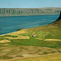 Hænuvík séð til austurs, Vesturbyggð áður Rauðasandshreppur / Haenuvik viewing east, Vesturbyggd former Raudasandshreppur.