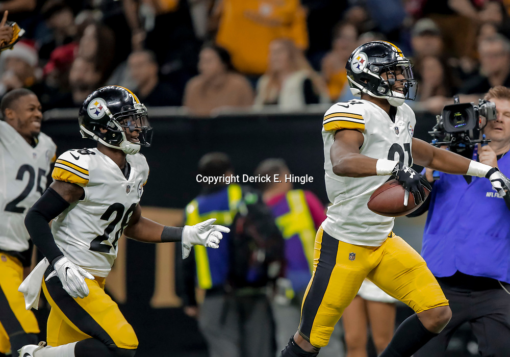 Dec 23, 2018; New Orleans, LA, USA; Pittsburgh Steelers safety Sean Davis (21) celebrates after an interception against the New Orleans Saints during the first quarter at the Mercedes-Benz Superdome. Mandatory Credit: Derick E. Hingle-USA TODAY Sports