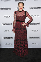 Caity Lotz bei der 2016 Entertainment Weekly Pre Emmy Party in Los Angeles / 160916<br /> <br /> ***2016 Entertainment Weekly Pre-Emmy Party in Los Angeles, California on September 16, 2016***