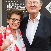 NLD/Amsterdam/20150604 - Premiere In de Ban van Broadway, Joop van der Ende en partner Janine Klijburg