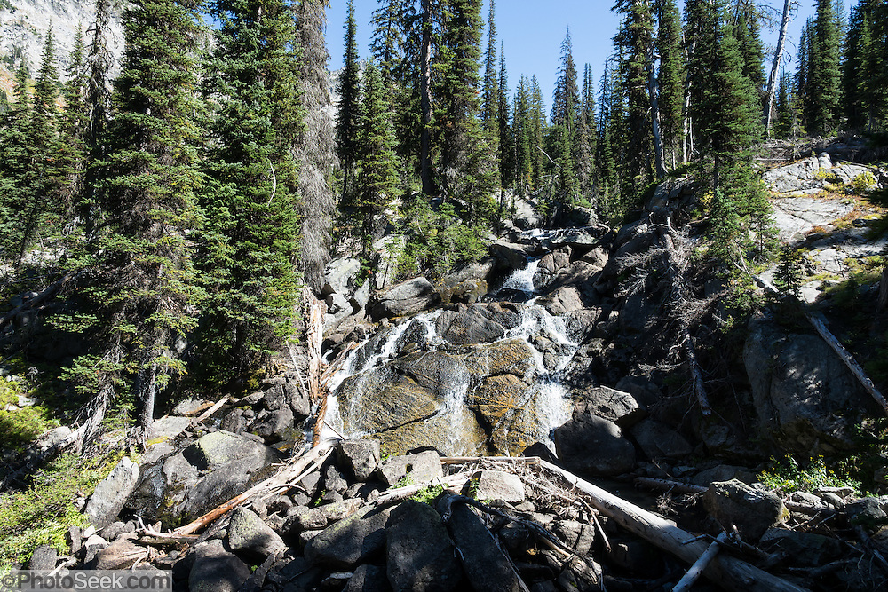 East Lostine River. Backback to Mirror Lake in Eagle Cap Wilderness,  Wallowa–Whitman National Forest, Wallowa Mountains, Columbia Plateau, northeastern Oregon, USA. Hike 7.3 miles from Two Pan Trailhead (5600 ft) up East Lostine River to camp at popular Mirror Lake (7606 ft). Day hike to Glacier Lake via Glacier Pass (6 miles round trip, 1200 ft gain). Backpack out 8.7 miles via Carper Pass, Minam Lake and West Fork Lostine. From September 11-13, 2016 Carol and I walked 22 miles in 3 days.