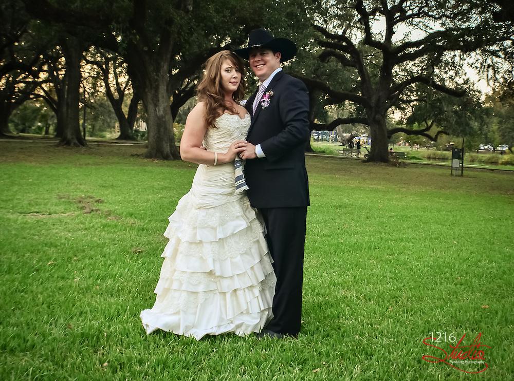 Kyle & Tia, New Orleans Wedding in City Park, 2012. New Orleans Wedding Photographer, 1216 Studio. Outdoor Wedding Photo Album.
