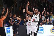 Marcus Slaughter<br /> Dolomiti Energia Trentino - Virtus Segafredo Bologna<br /> Lega Basket Serie A 2017/2018<br /> Trento, 30/09/2017<br /> Foto M.Ceretti / Ciamillo - Castoria