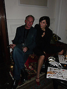 John Pearce and jewelry designer Alexandra Jefford, The Vogue List, celebrated by Vogue and Motorola. 33 Portland Place. 3 November 2004. ONE TIME USE ONLY - DO NOT ARCHIVE  © Copyright Photograph by Dafydd Jones 66 Stockwell Park Rd. London SW9 0DA Tel 020 7733 0108 www.dafjones.com