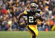 15 NOVEMBER 2008: Iowa running back Jewel Hampton (27) runs 22 yards for a touchdown in the first half of an NCAA college football game against Purdue, at Kinnick Stadium in Iowa City, Iowa on Saturday Nov. 15, 2008. Iowa beat Purdue 22-17.